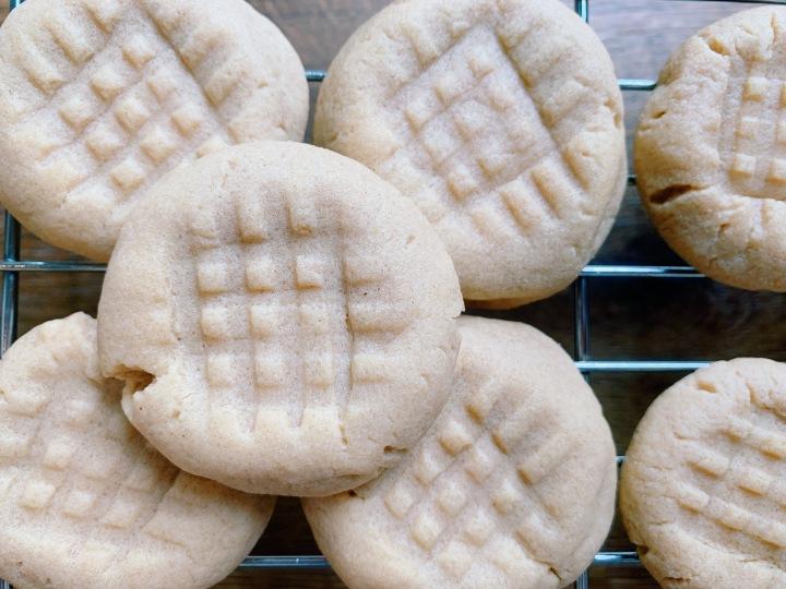 Day 18/30: Peanut ButterCookies